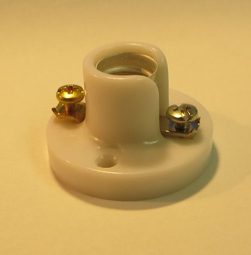 CANDLE BASE PONY CLEAT SOCKET